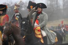 L'Américain Mark Schneider déguisé en Napoléon participant le 3 décembre 2011 à la reconstitution de la bataille d'Austerlitz.