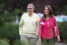 Bill Gates et sa femme Melinda divorcent après 27 ans de mariage, le couple l'a annoncé conjointement sur Twitter le lundi 3 mai.