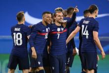 Kylian Mbappé, Antoine Griezmann et les Bleus le 2 juin 2021 à Nice