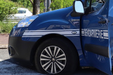 Un véhicule de gendarmerie.