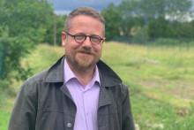 Louis Ganay, ancien agriculteur devenu juriste après une tentative de suicide.