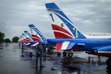 Les avions de la Patrouille de France décorés aux couleurs du Petit Prince.