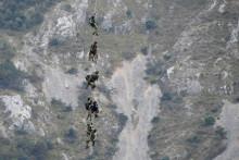 Des membres du GIGN traquent un homme dans les Alpes-Maritimes ce 19 juillet 2021