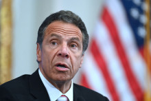 Le gouverneur de l'État de New York,  Andrew Cuomo
