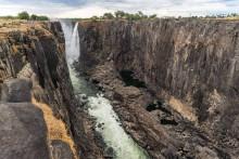 Les chutes Victoria sont victimes de la pire sécheresse depuis un siècle en Afrique australe et de l'assèchement du Zambèze.