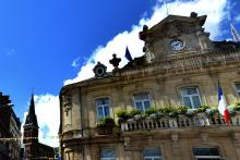 La mairie de Caudry dans le Nord (Illustration).