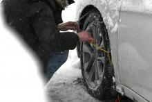 Des chaînes de pneus (illustration)