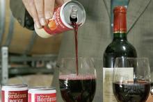 Du vin en canette (illustration)