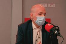 """Vincent Jauvert, grand reporter et auteur de """"La Mafia d'État""""."""