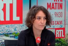 Mélanie Vogel au micro de RTL