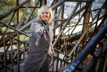 """Flavie Flament pendant son émission """"Jour J"""" à la Tour Eiffel"""