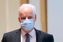 Le ministre délégué aux PME, Alain Grise, arrive au Tribunal de Paris à Paris le 12 octobre 2021.