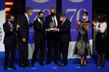 Les trois auteurs lors de la remise du prix Planeta.