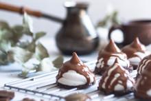 Comment réaliser une sauce au chocolat qui ne se fige pas ?