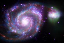 La galaxie M51 ou Whirlpool à 28 millions d'années-lumière de la Voie lacté