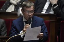 Le député socialiste Joaquim Pueyo s'exprime lors d'une séance de questions au gouvernement à l'Assemblée nationale à Paris le 7 janvier 2020.