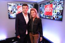 Marc Lavoine en compagnie de Stéphanie Renouvin dans les studios de RTL2