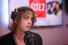 Johnny Borrell de Razorlight dans les studios de RTL2