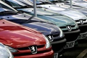 Des voitures Peugeot (illustration)