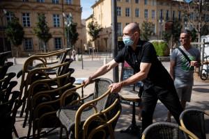 La terrasse d'un café à Aix-en-Provence (illustration)