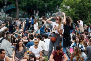 Des rassemblements à Paris pour la fête de la musique, le 21 juin 2020