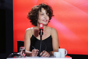 Isabelle Mergault dans Les Grosses Têtes