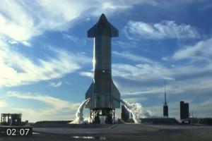 Le prototype SN8 de Starship la veille de son vol suborbital le 8 décembre 2020