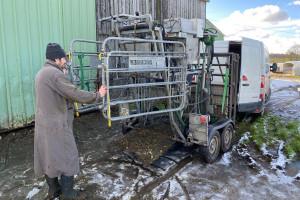 Nicolas Genton est pédicure bovin dans le Calvados