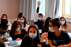 Des élèves dans une salle de classe à Rennes, en septembre 2020