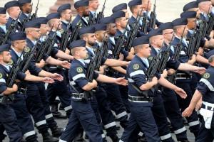 Les services de Santé de l'Armée française défile le 14 juillet 2020, Place de la Concorde