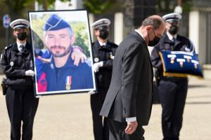 Jean Castex a présidé la cérémonie d'hommage national en l'honneur d'Éric Masson, un policier tué à Avignon, mercredi 5 mai