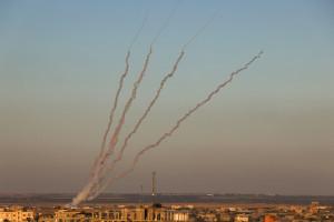 Des roquettes tirées depuis Gaza, le 15 mai 2021