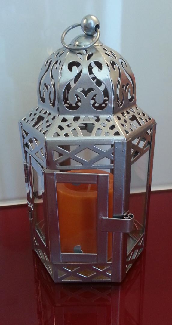 Lanterne chromée repeinte par Catherine