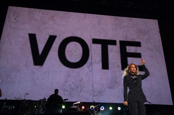 """Et quand Beyoncé encourage les américains à aller voter, elle récolte 1,3 millions de """"j'aime"""""""