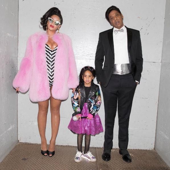 """La famille Knowles-Carter pour Halloween, 2,2 millions de """"J'aime"""""""