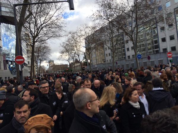 La foule se rassemble à Lyon, le 11 janvier 2015
