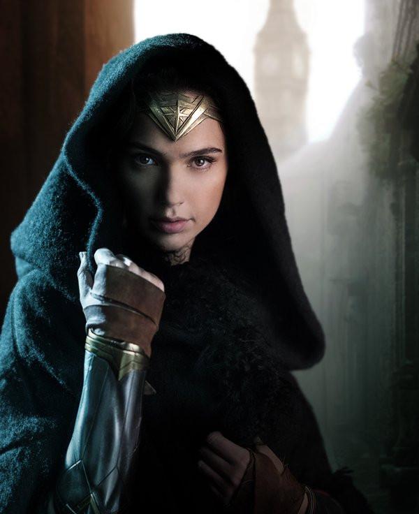 """La première photo officielle de """"Wonder Woman"""" a été dévoilée sur Twitter par Gal Gadot"""