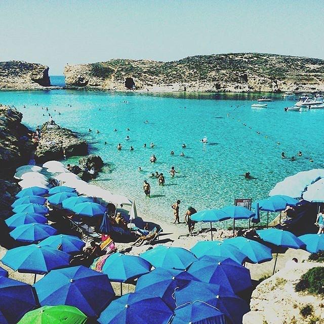 Les eaux maltaises et leurs plages de sable fin