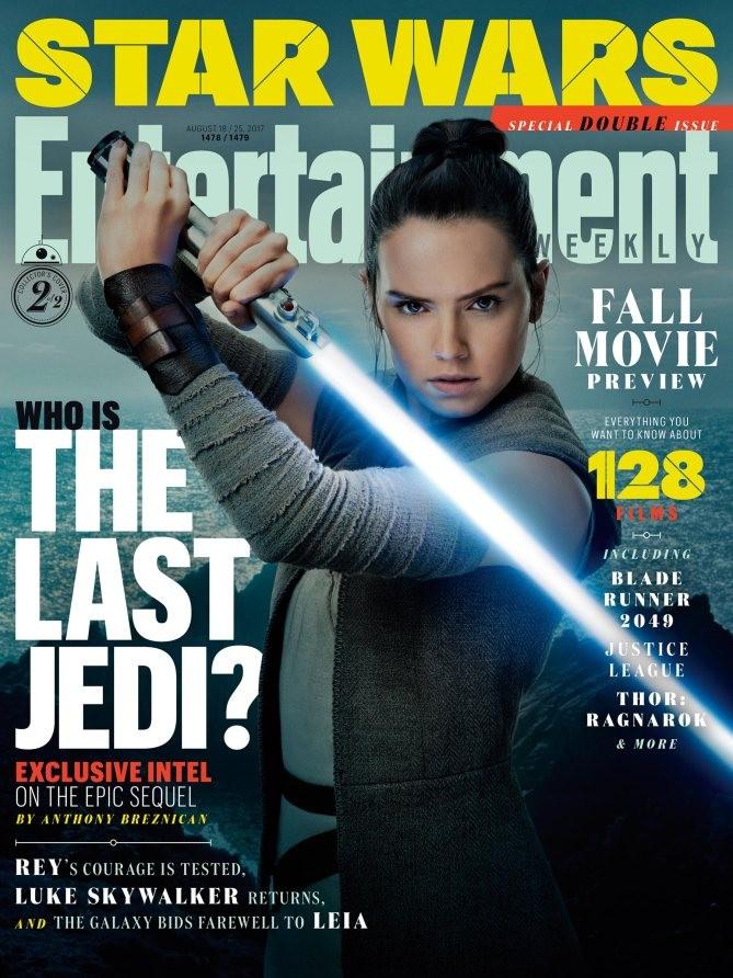 """Rey sabre laser à la main en une d'""""Entertaiment Weekly"""""""
