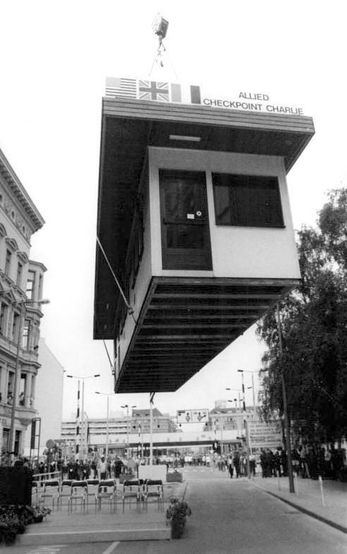 Le 22 juin 1990, le checkpoint était finalement démantelé