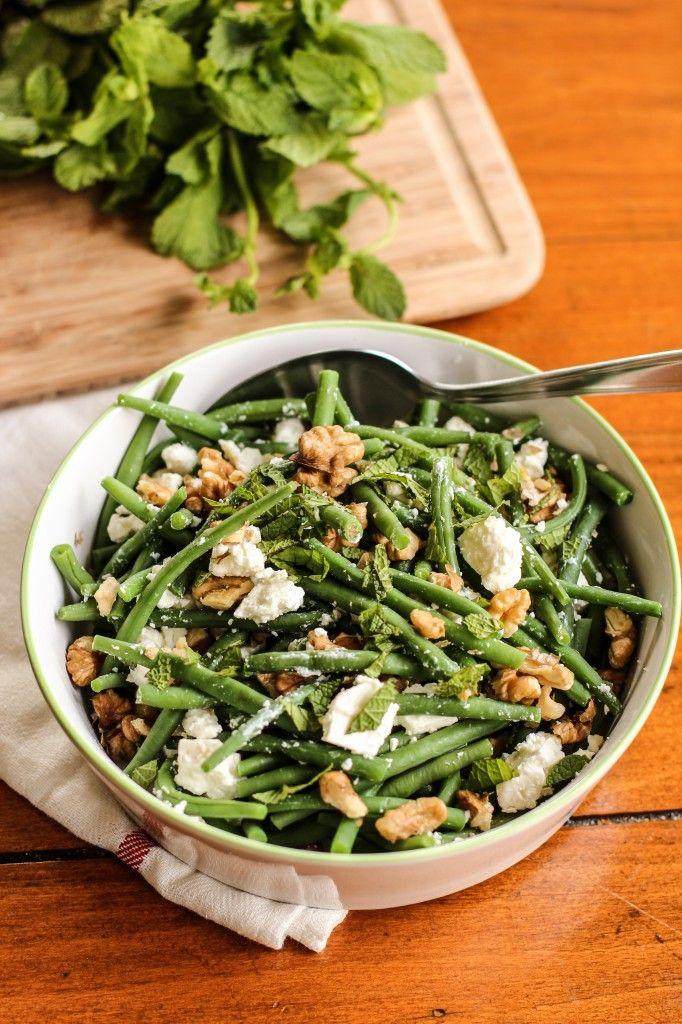 Salade de haricots verts, chèvre et noix.