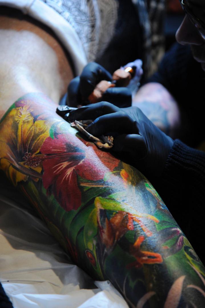 Il faut savoir souffrir pour être beau, les tatoués en savent quelque chose