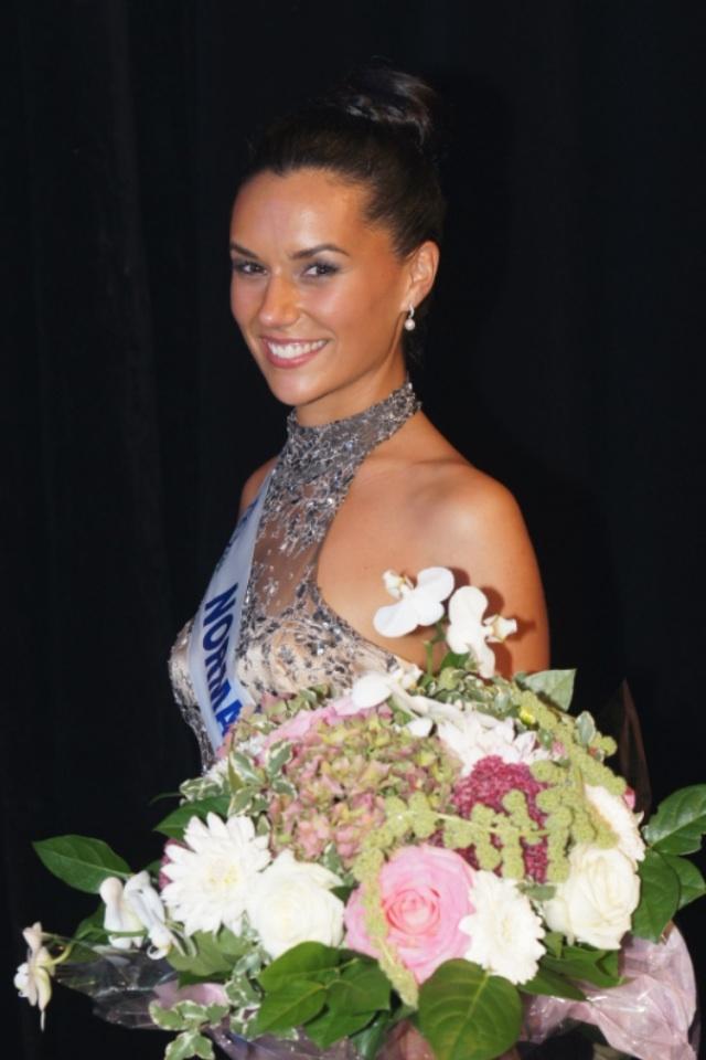 Miss Normandie, Estrella Ramirez (23 ans), responsable d'une boutique d'horlogerie