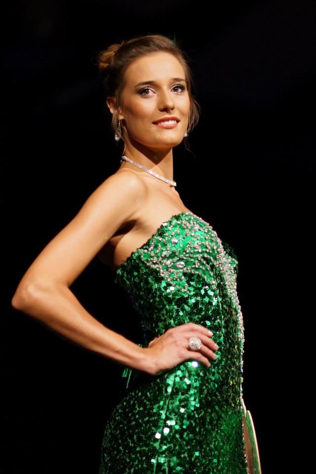 Miss Pays de Loire, Flavy Facon (21 ans), vendeuse en parfumerie