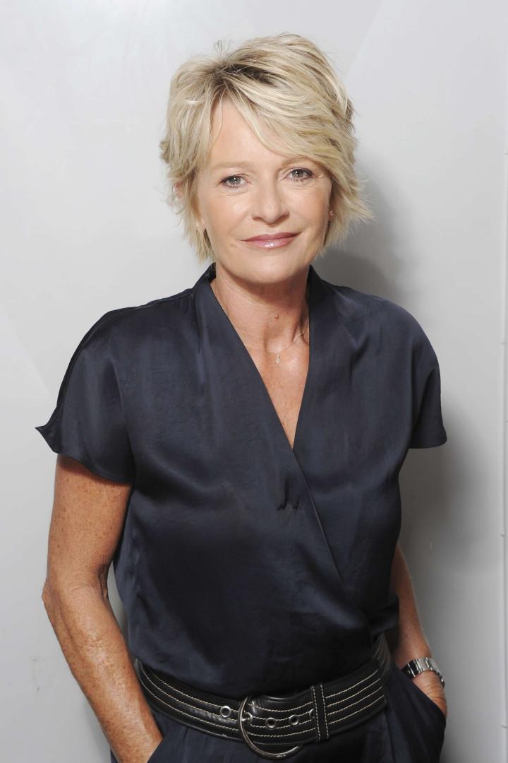 Sophie Davant devient présentatrice d'une émission sur la brocante