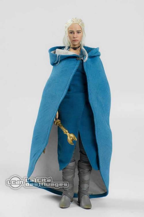 Une statue de Daenerys de 26 cm de haut (199 euros)