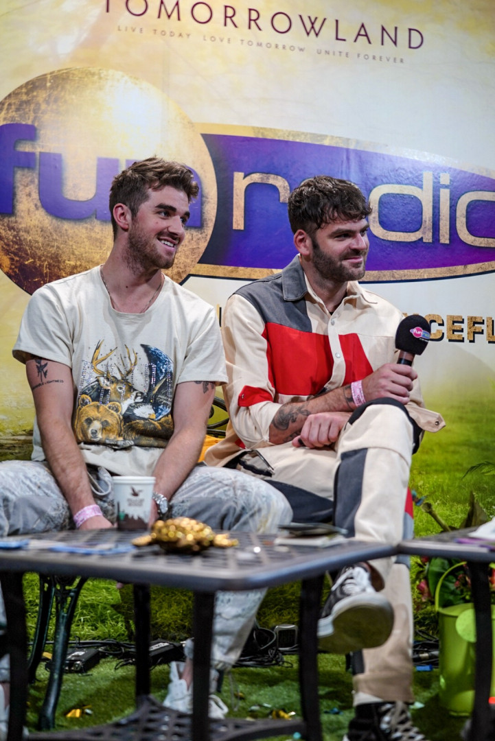Le duo phénomène The Chainsmokers