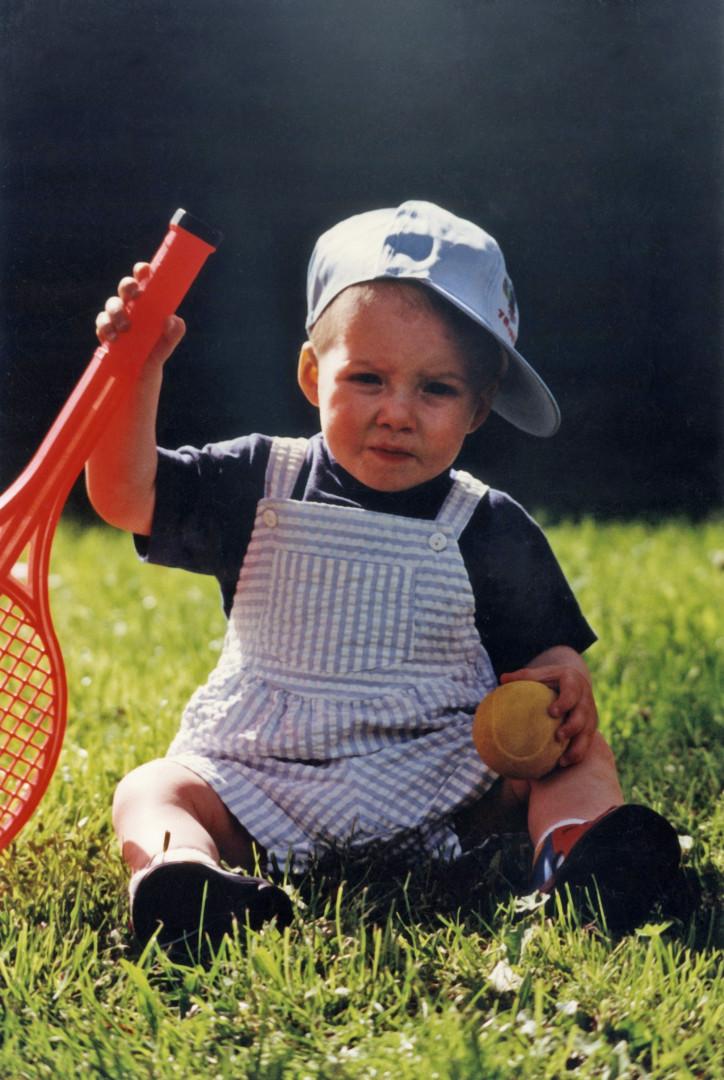 Kevin Mayer à l'âge de deux ans