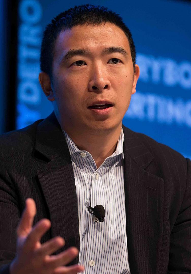 Andrew Yang est un entrepreneur et fondateur de Venture for America