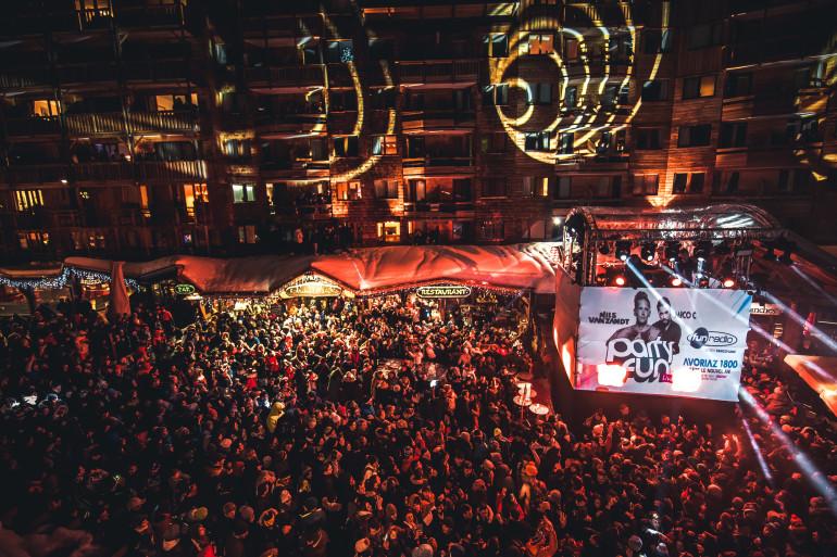 Le monde pendant le Party Fun Live d'Avoriaz 1800
